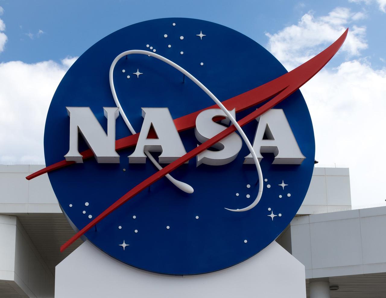 NASAがエイリアンから地球を守る「惑星保護官」を求人中!? >>> 夢があっていいんだけど、AIとかについて年収100万でも3つ思いついた